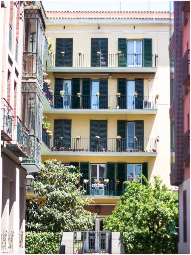 i'm in love with spanish architecture. so pretty!